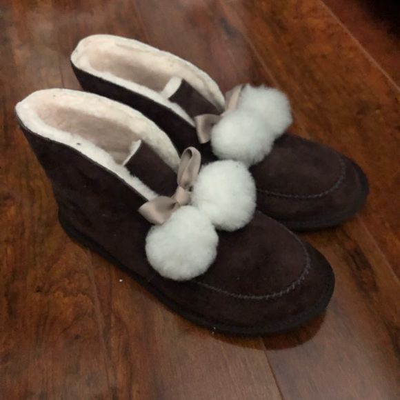e1b616798b3 Brand new! KALLEN UGG boots Boutique